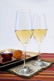 Regolazione e candela del vino immagine stock