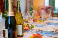 Regolazione festiva della tavola Immagini Stock