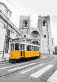 Regoli la linea 28E del tram Lisbona Portogallo fotografie stock libere da diritti