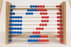 Regolo calcolatore, mostrante numero due Fotografia Stock Libera da Diritti