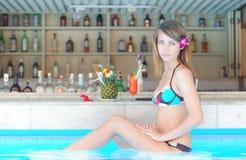 regroupement de fille de bar tropical image libre de droits