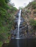 Reguera de la cascada Foto de archivo
