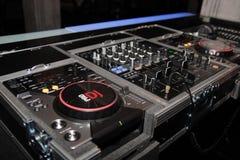 Regulador del mezclador de DJ fotografía de archivo libre de regalías