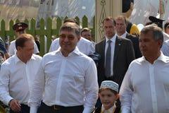 Regulatorn av den Tyumen regionen Vladimir Yakushev och presidenten av Tatarstan Minnikhanov Rustam Nurgaliyevich tog delen i F Royaltyfri Bild