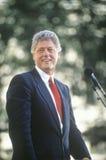 Regulatorn Bill Clinton talar i Ohio under Clintonen/levrade blodet 1992 Buscapade som aktionen turnerar i Cleveland, Ohio Arkivfoton