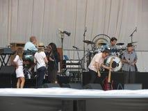 reharsing在卢卡, 2013年7月9日的里奥纳德・科恩带 免版税库存照片