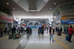 Reißen Sie Bereich, internationalen Flughafen Kansais KIX, Osaka, Japan hin Lizenzfreie Stockfotografie