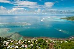 Reißen Sie innerhalb der Lagune der Moorea Insel hin Stockbild