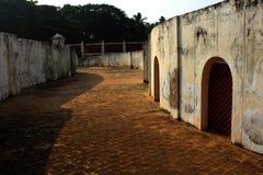 Reißen Sie Weg von manora Fort mit Hallentüren hin Stockfotos