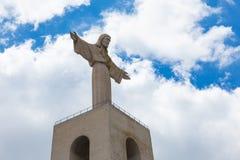 Rei Cristo памятника Иисуса Христоса в Лиссабоне, Португалии Стоковые Изображения RF