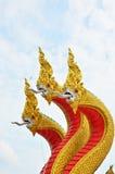 Rei da estátua do naga no templ tailandês Imagem de Stock Royalty Free