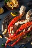 Rei do Alasca orgânico cozinhado Crab Legs imagens de stock royalty free