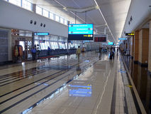 REI FAHD DE DAMMAM, ARÁBIA SAUDITA - DESEMBER 19, 2008: Aeroporto Imagens de Stock Royalty Free