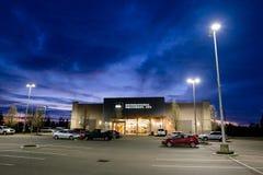 REI Storefront al crepuscolo in Salem Oregon Fotografia Stock