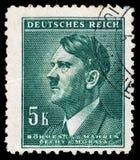 REICH ALEMÁN Circa 1939 - c 1944: Un sello con retratar de Adolf Hitler Imagenes de archivo