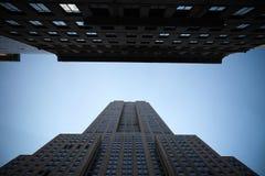 Reich stete Gebäude lizenzfreie stockfotografie