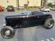 Reiche Liebe Auto Oldtimer stockfotos