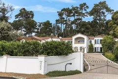 Reiches Landhaus auf einem 17-Meilen-Antrieb in Kalifornien Lizenzfreie Stockfotografie