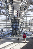 Reichstag中央反射器 免版税库存照片