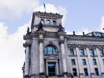 Reichstag是一栋历史的大厦在柏林,德国,被修建安置德意志帝国的皇家饮食 库存图片