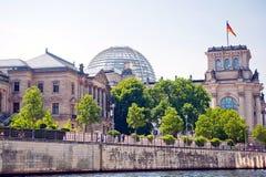 Reichstag και ξεφάντωμα Στοκ Εικόνα