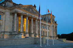 The Reichstag in Berlin at dawn Royalty Free Stock Photos