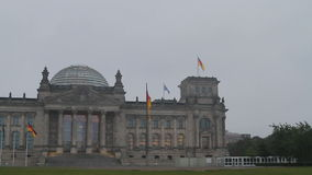 Reichstag Berlino stock footage