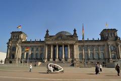 Reichstag i Berlin Arkivbilder