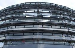 Reichstag kupol från yttersidan arkivbild