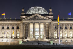 Reichstag parlamentbyggnader i Berlin Royaltyfri Fotografi