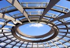 reichstag s парламента Германии купола самомоднейшее Стоковая Фотография