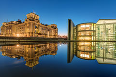 Reichtsag and Paul-Loebe-Haus in Berlin at dawn Royalty Free Stock Photography