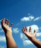 Reichweite für die Himmel Lizenzfreies Stockbild