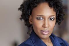Reife besorgte haitianische Frau Lizenzfreie Stockbilder