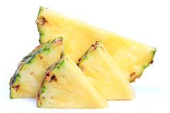 Reife ganze Ananas Lizenzfreies Stockfoto