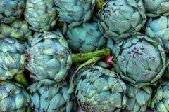Reife Gemüsespitze des neuen Lebensmittels der Artischocke gesunden Stockbild