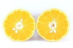 Reife Mandarinen-Zitrusfrucht lokalisierte Tangerine-Mandarine auf weißem Hintergrund stockbild