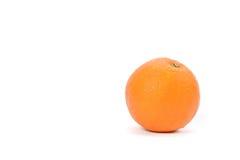 Reife Orange auf weißem Hintergrund Stockfotografie