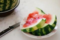 Reife Scheiben der Wassermelone lizenzfreie stockbilder