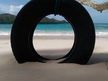 Reifen auf dem Strand Stockfotografie
