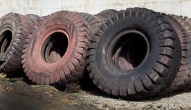Reifen, der Industrie aufbereitet Lizenzfreie Stockfotos