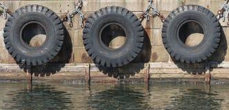 Reifenbootsstoßdämpfer Lizenzfreies Stockfoto