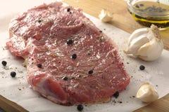 Reifes rohes Rindfleisch-Steak Lizenzfreies Stockfoto