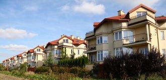 Reihe der ähnlichen Häuser Lizenzfreies Stockbild