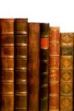 Reihe der antiken ledernen Bücher lizenzfreie stockfotos