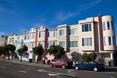 Reihe der Francisco-Häuser Stockbild