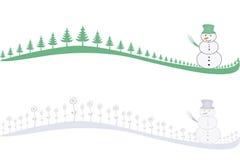 Reihe der gefrorenen Blumen, der Bäume und des Schneemanns. Stockfotografie