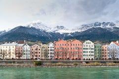 Reihe der Häuser in Innsbruck Stockbild
