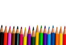 Reihe der hellen Farbenbleistifte Stockfotos
