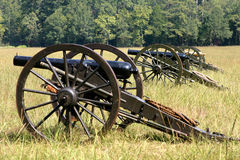 Reihe der Kanonen Lizenzfreie Stockfotos